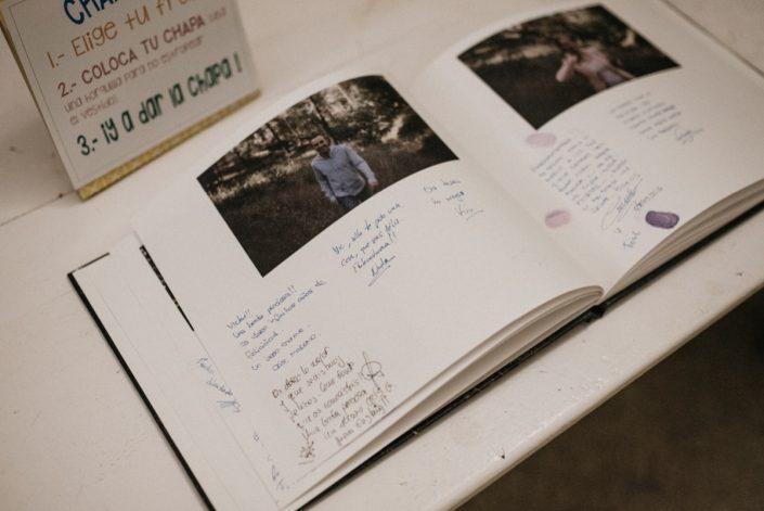 libro-de-firma-fotos-de-preboda-fotografo-de-bodas-en-toledo
