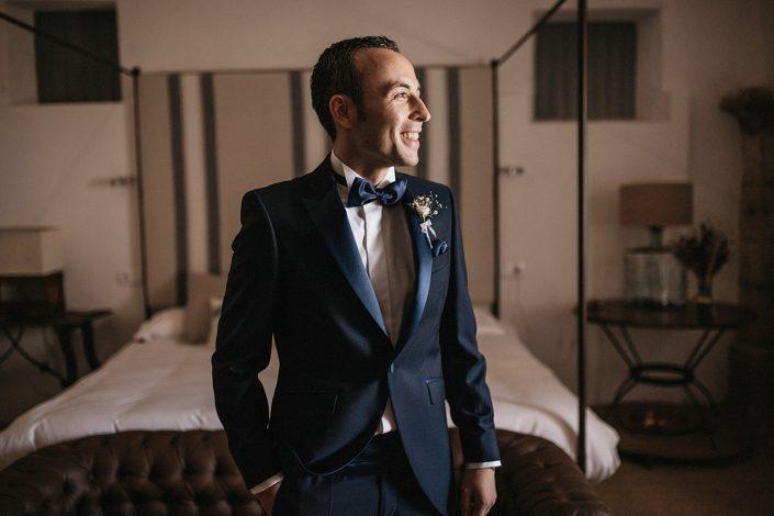 fotografia en caceres de novio el dia de boda